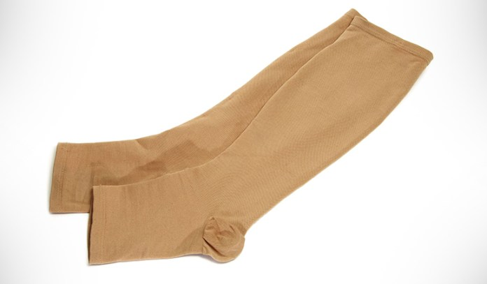Support stockings, compression bandages or pressure sleeves are non-invasive ways to treat fluid retention