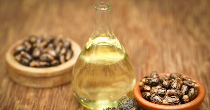 castor oil has antibacterial, antifungal, and anti-inflammatory properties Benefits Of Castor Oil On The Hair And How To Use It