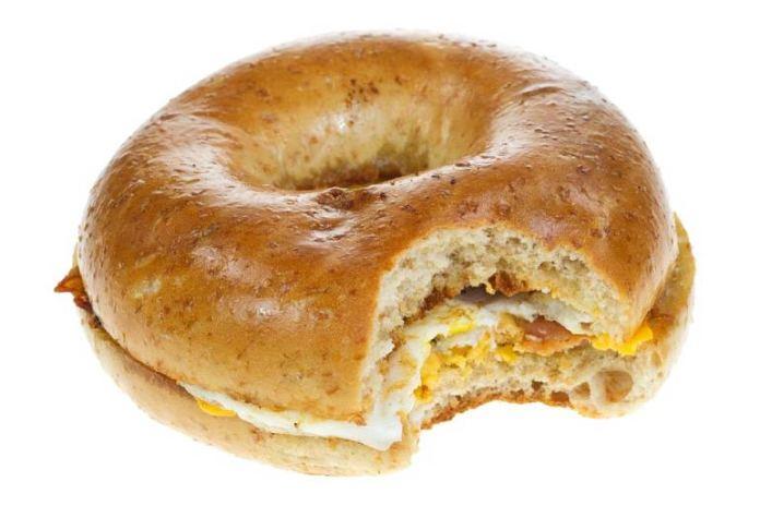 One wheat bagel has 430 milligrams of sodium.