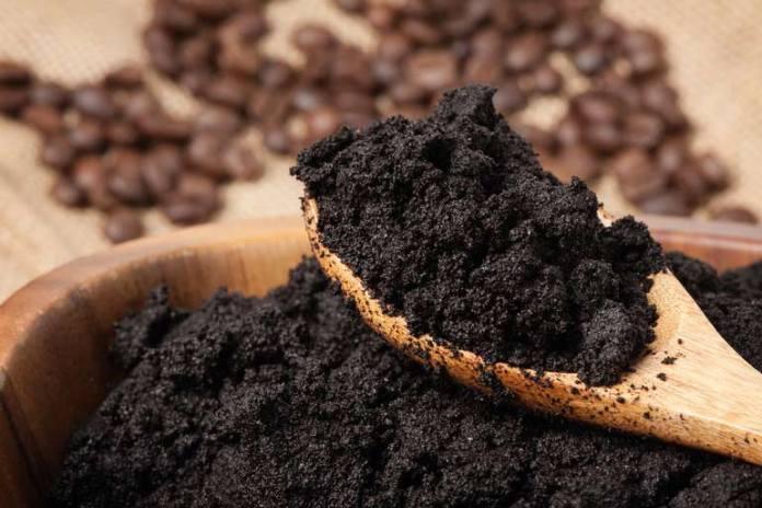 Baking Soda And Coffee Grounds Can Lighten Dark Spots