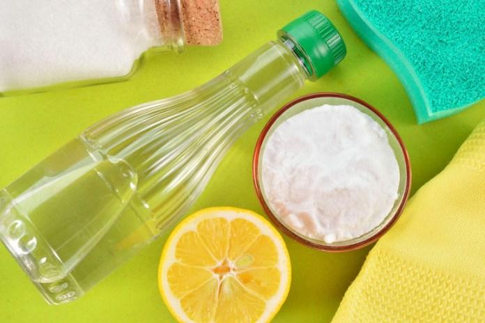 Use Vinegar As A Citrus Vinegar Toilet Cleaner