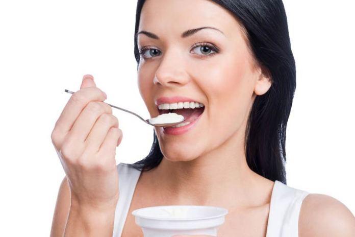 Through a balanced diet, probiotics help you control your appetite