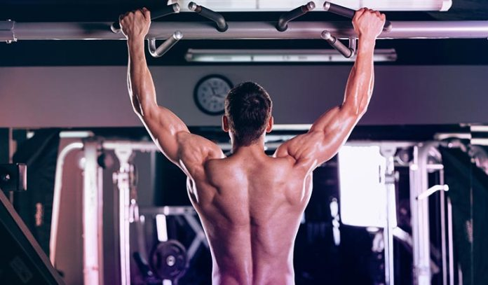 get your upper chest close to the bar