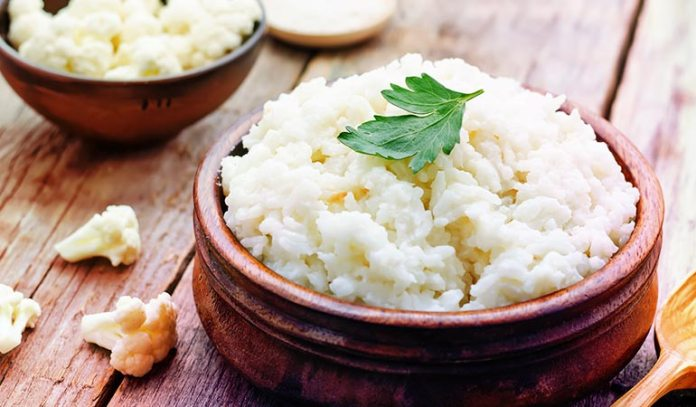 Rice made from cauliflower, broccoli, or koniac are low-carb options.)