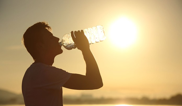 Water and other liquids flushes out the toxins and stops reflux