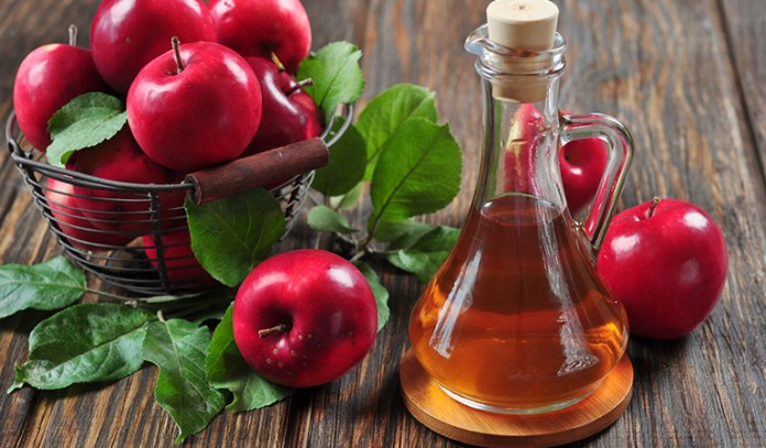 Apple Cider Vinegar relieves the symptoms of hives