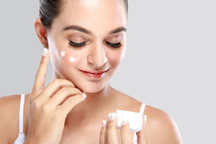 Keeping your skin well-hydrated helps psoriasis flare-ups