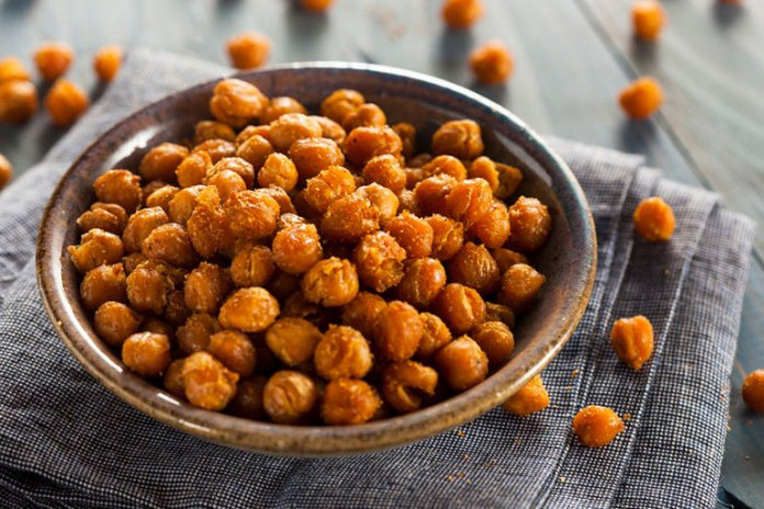 Garbanzo beans contain fiber and protein and give you long-lasting energy to hold you till your next meal.
