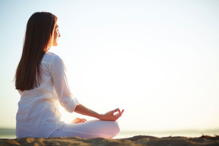 Meditation relieves stress and has a positive effect on your skin