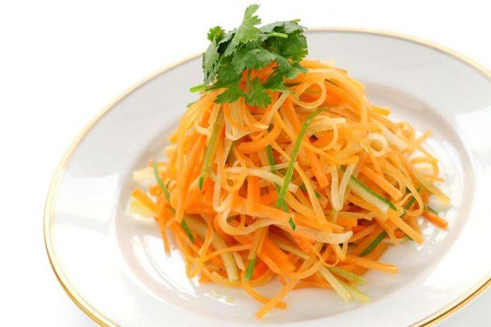 carrots as vegetable noodles