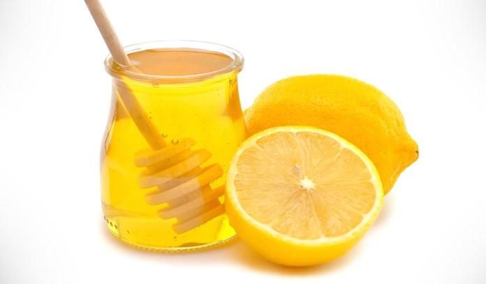 Lemon lightens dark lips and honey nourishes them.