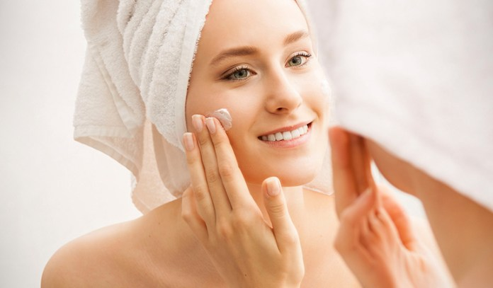 Applying products on your skin 10 seconds after a cleanse or a shower will allow better absorption.