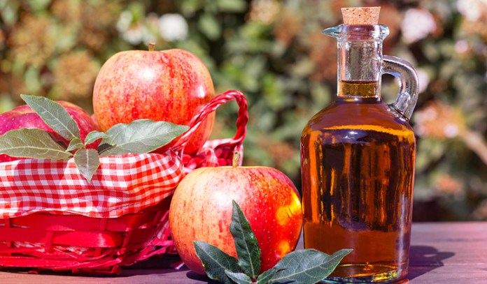 (Apply a cotton ball in apple cider vinegar solution to cure rosacea symptoms.