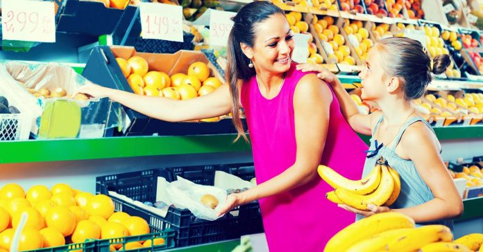 How To Tell If Fruits Are Ripe Before You Buy Them