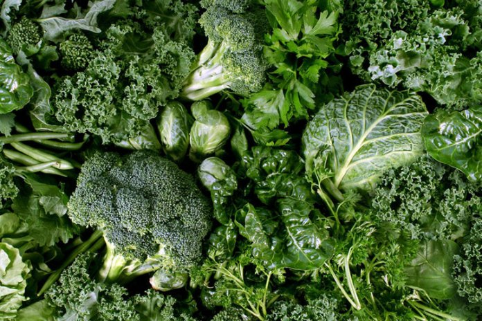 Eating chlorophyll-rich leafy greens can help rid your body of cancerous compounds.