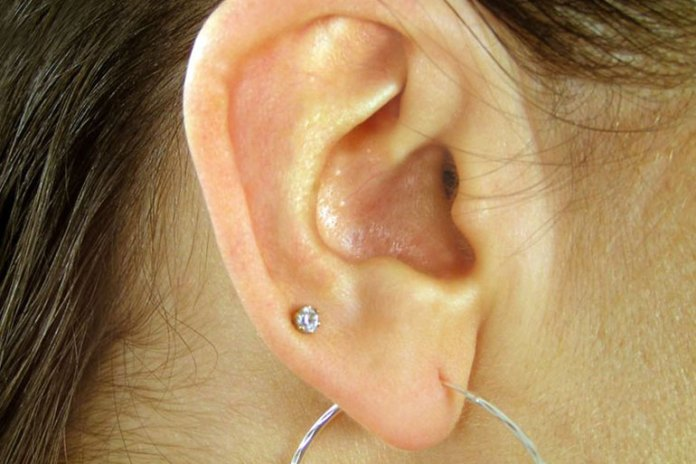 Cartilage piercing can lead to scabs in the ear