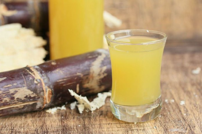 Sugarcane juice helps cool the body down