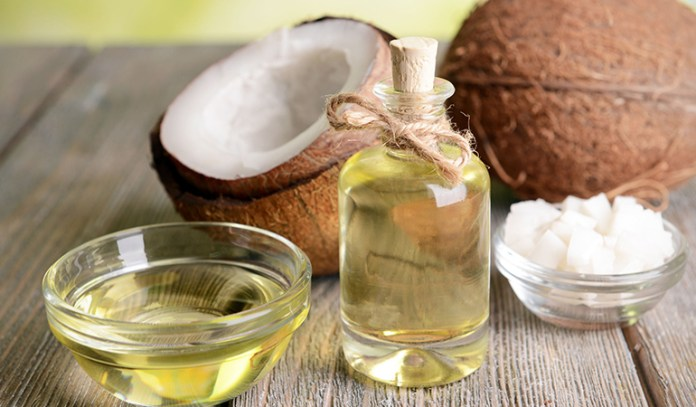 coconut oil can moisturize your skin and remove makeup