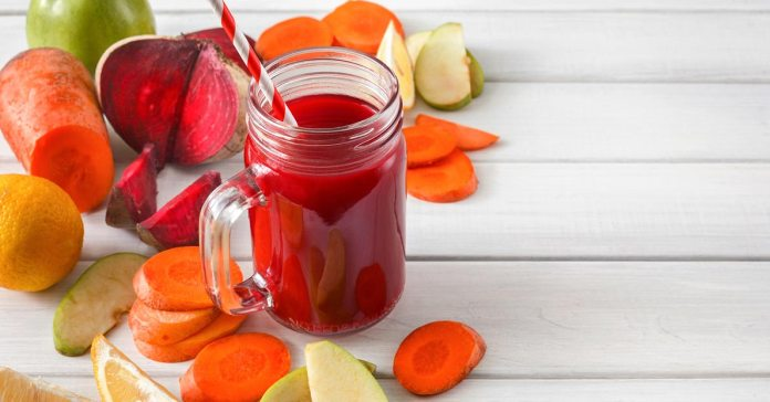 A fresh drink made from carrots, apples, beets, and lemon has proved to prevent cancer