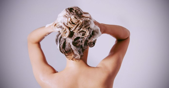 5 Shampoo Ingredients That Harm Both Your Hair And Health