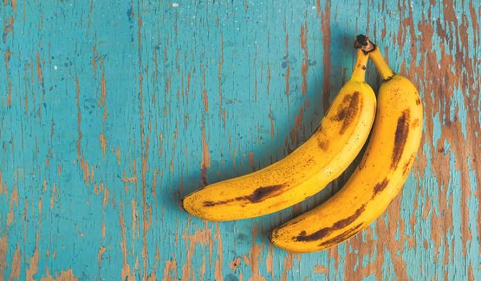Bananas contain potassium that regulates serotonin production