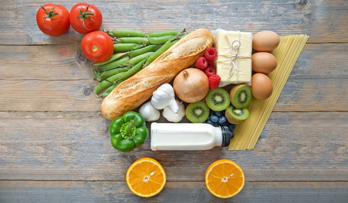 A healthy mix of organic and conventional produce is a smart way to shop for groceries