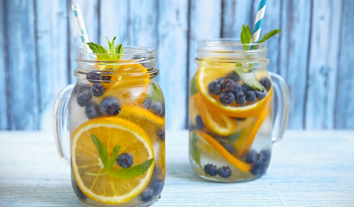 Blueberries and oranges are rich in antioxidants that fight against acne
