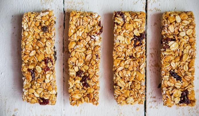 Granola bars contain high amounts of sugar.