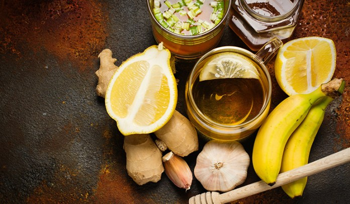 Garlic and green tea are natural remedies for managing a fatty liver