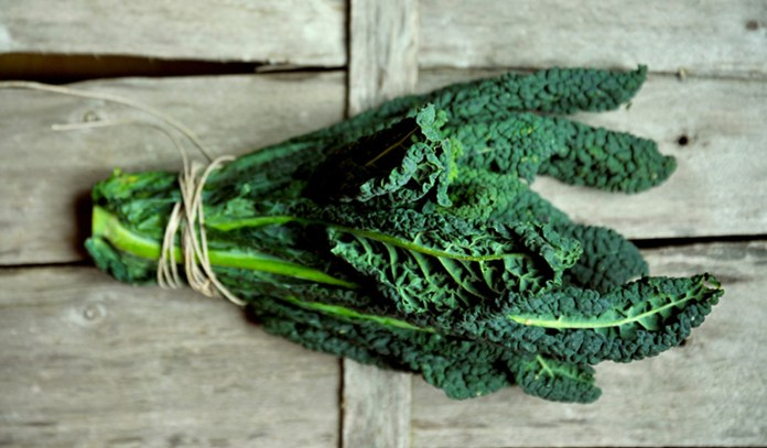 Leafy greens like spinach contain magnesium that can relax muscles