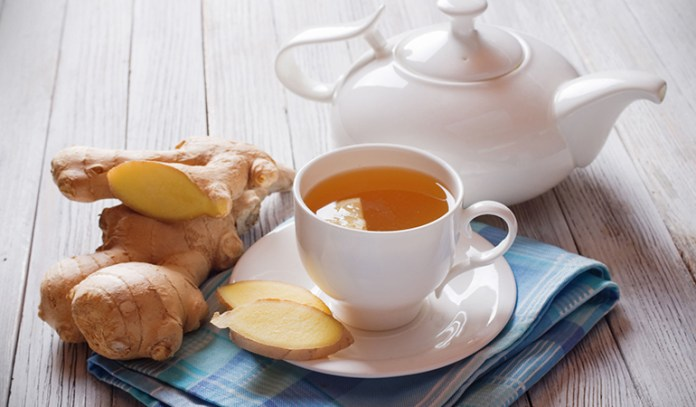 Spicy ginger tea to ward off cold
