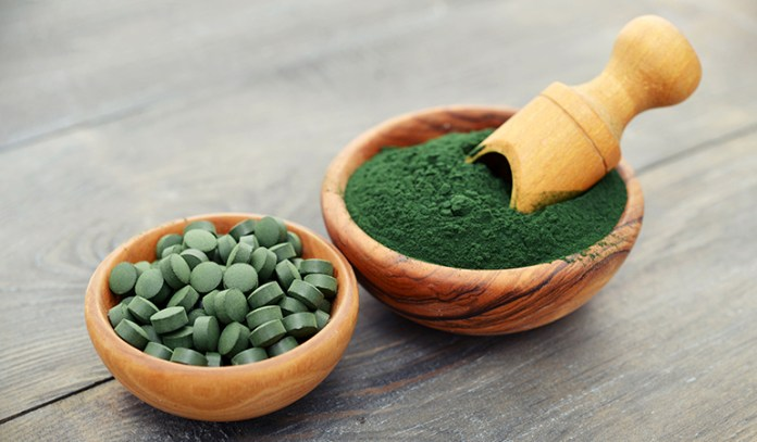 Spirulina contains nutrients that can boost brain chemicals