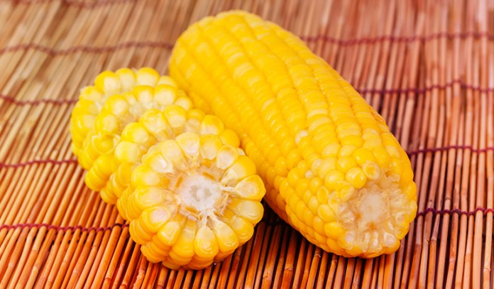 Corn has 0.92 mg of zinc.