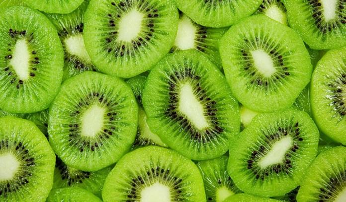 Kiwifruit is rich in magnesium.