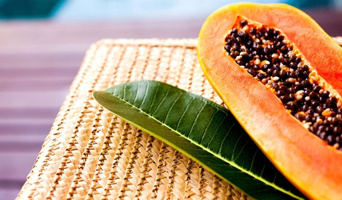 Papaya is rich in magnesium.
