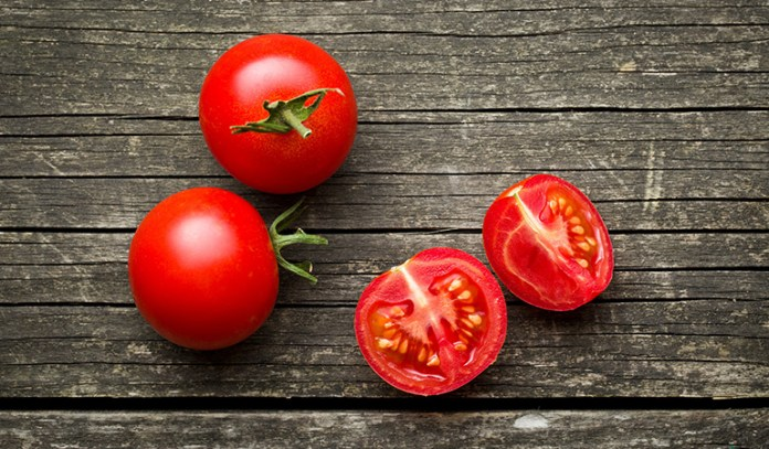 Tomatoes are rich in magnesium.