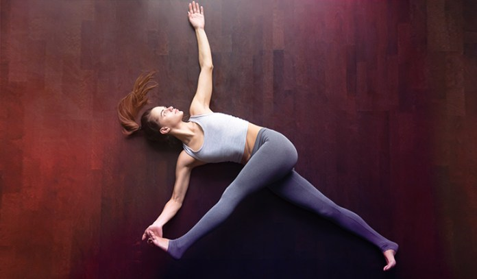The supine twist improves blood flow to the abdominal organ.