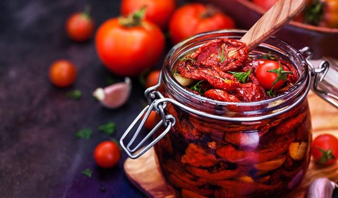 1 cup of sun-dried tomatoes: 0.26 mg of vitamin B2 (20% DV)