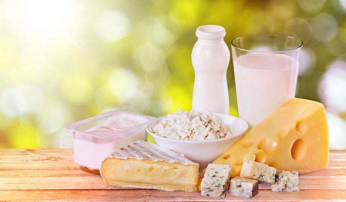 Hard goat cheese, 1 oz: 0.34 mg (26.2% DV)