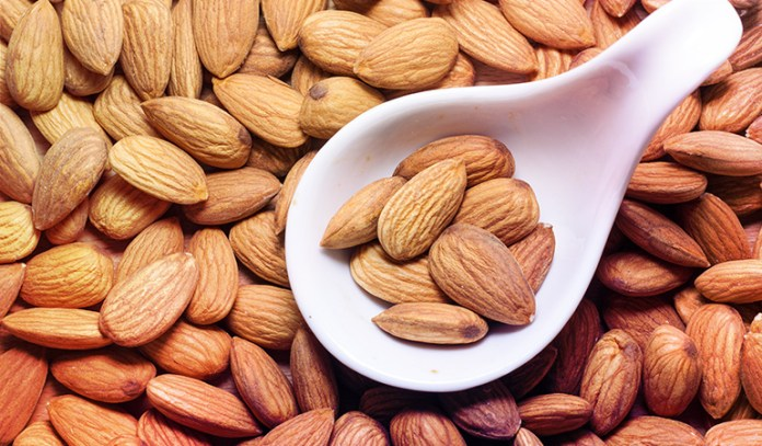 1 ounce of almonds: 0.32 mg of vitamin B2 (24.6% DV)