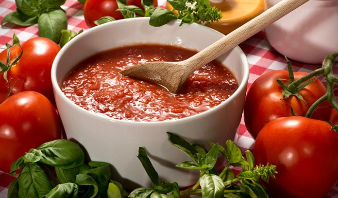 1 cup of tomato puree: 4.45 mg of iron (25% DV)