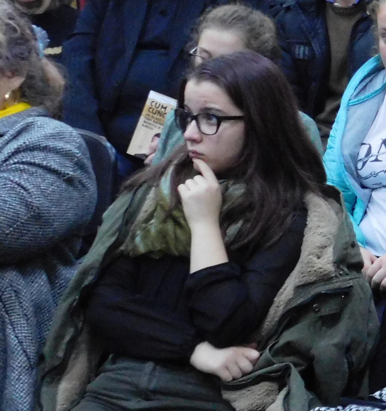 VIDEO Strigătul tinerilor pentru toți politicienii s-a auzit prin vocea unei copile de 14 ani. Vezi ce așteaptă tinerii de la clasa politică 1