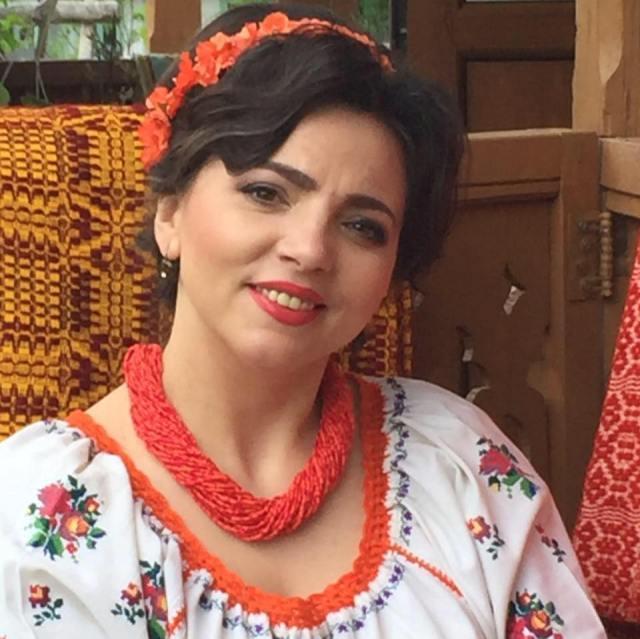 """Câștigătorii Festivalului """"Dulce-i graiul românesc"""". Surprize cu fete din Botoșani 9"""
