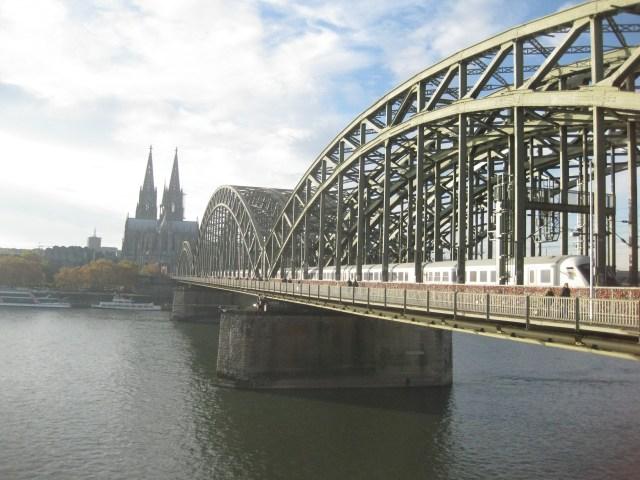 Cologne-Pont des Amoureux