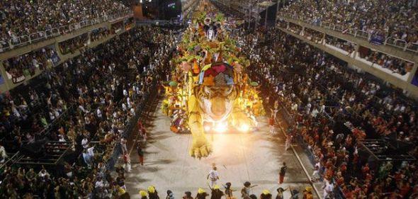 Rio de Janeiro, el Carnaval Más Famoso del Mundo