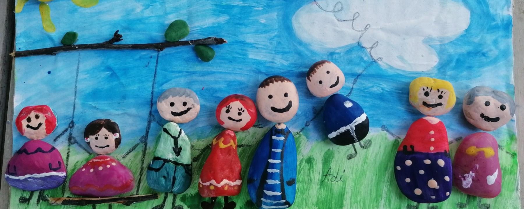 """Tema """"Familia mea"""". Activitati educative despre """"eu si familia mea"""". Curiosi de mici."""