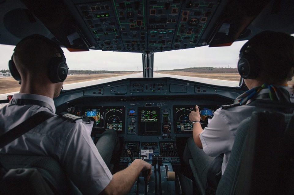 Siempre hay dos pilotos por seguridad