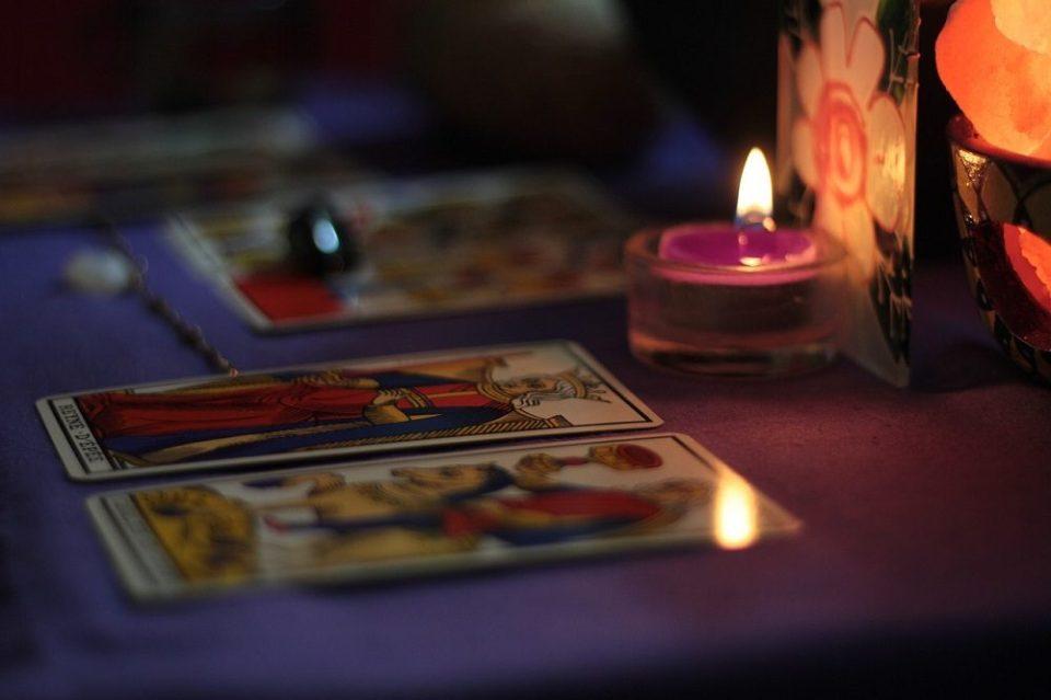 El tarot invita a la reflexión