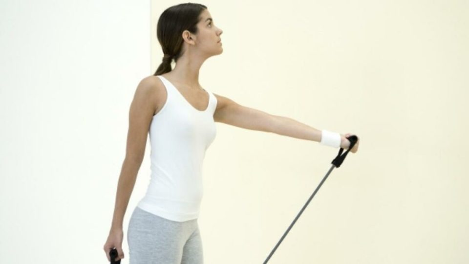 Flexiones de Bíceps con Bandas Elásticas