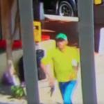 Momento en el que un funcionario público es asesinado a quemarropa en Colombia